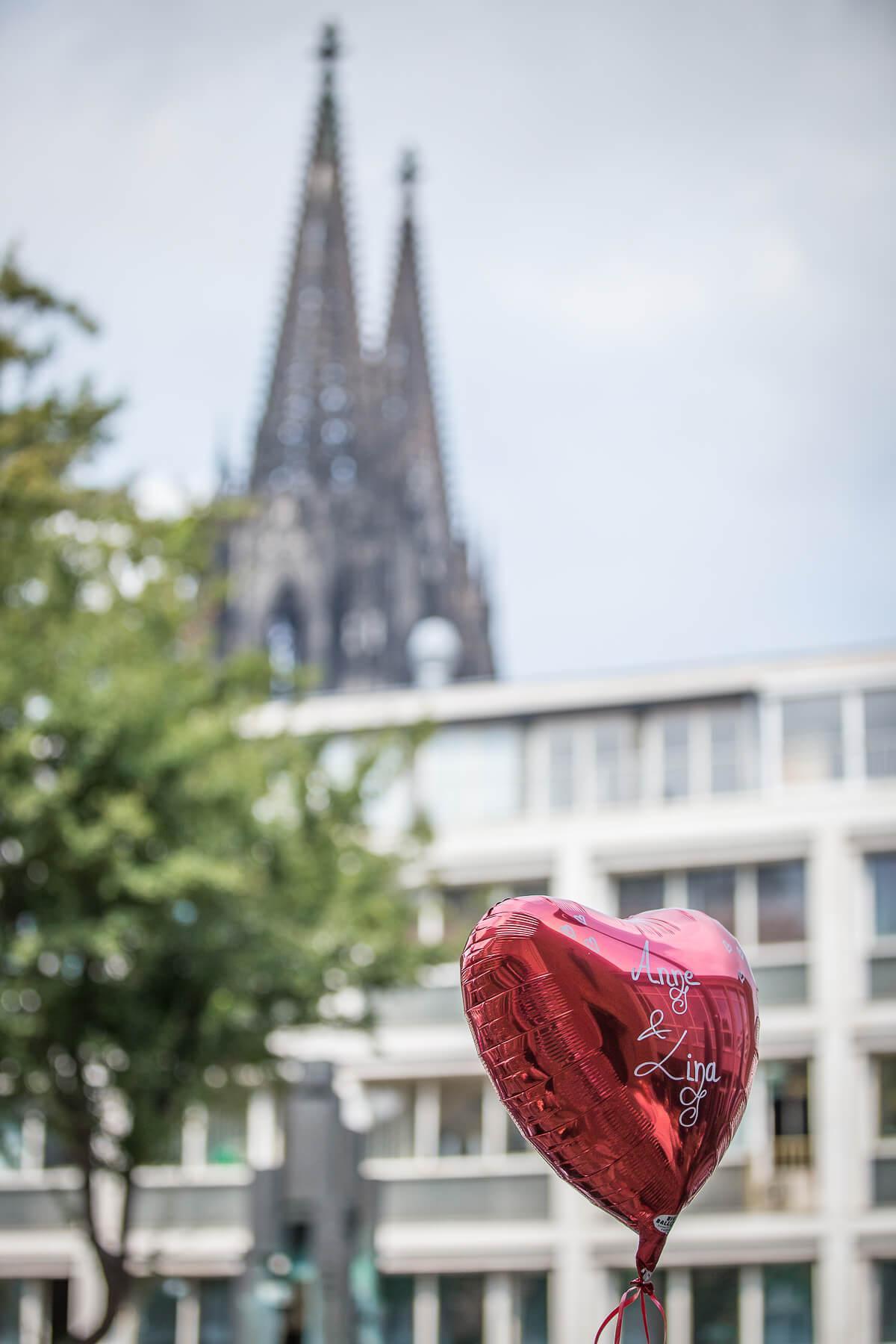 Hochzeitsreportage   Fotograf  Hochzeit  Standesamt  Köln 04