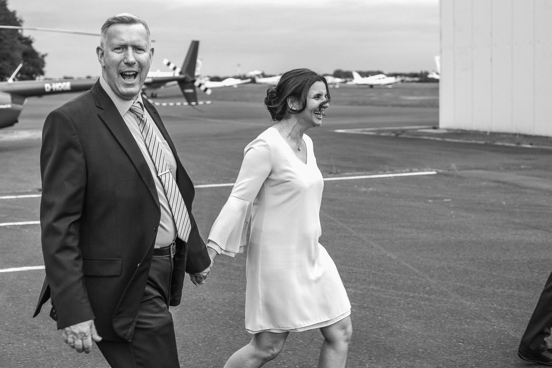 Hochzeitsreportage  Fotograf  Lufthochzeit im Hubschrauber  Hangelar 07